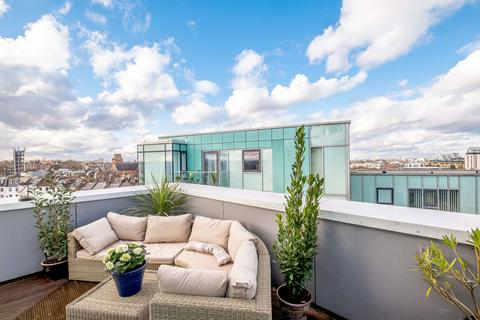 3 bedroom penthouse for sale - Lux Apartments, Broomhill Road, London