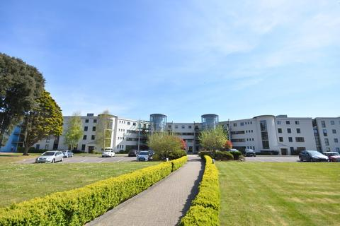 2 bedroom flat for sale - 218 Woodlands, Hayes Road, Sully, Penarth, Vale of Glamorgan, CF64 5QF