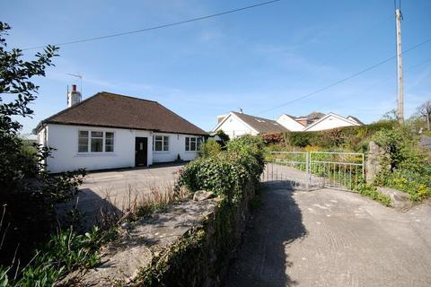 3 bedroom detached bungalow for sale - Church Road, Llanblethian, Cowbridge, Vale of Glamorgan, CF71 7JF