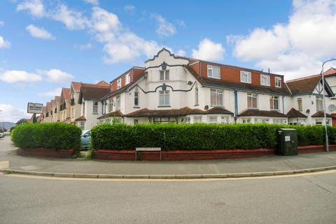 2 bedroom ground floor flat for sale - Lloyd Street, Llandudno
