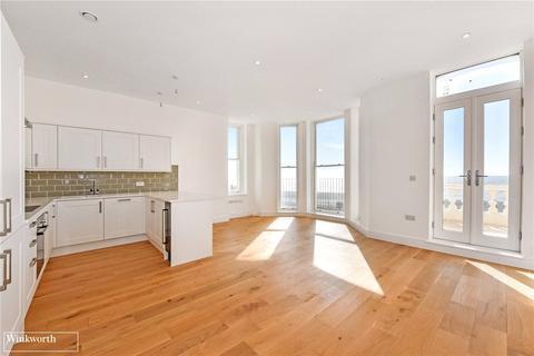 3 bedroom flat for sale - Queens Road, Worthing, BN11