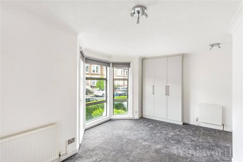 3 bedroom flat to rent - Musgrove Road, London, SE14