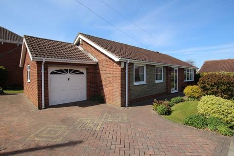 3 bedroom detached bungalow for sale - INGRAM PLACE, CLEETHORPES