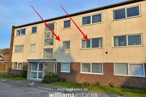 2 bedroom apartment for sale - Russell Road, Rhyl