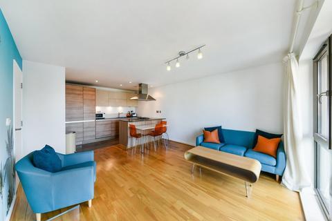 2 bedroom flat to rent - Fletcher Street, London E1