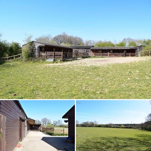 Land for sale - Burnt House Lane, Horsham