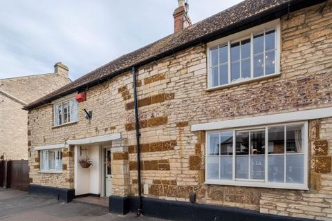 4 bedroom character property for sale - High Street, Higham Ferrers