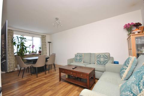 4 bedroom flat for sale - Hillingdon Street London SE17