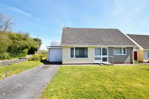 2 bedroom detached bungalow for sale - Manor Daf Gardens, St. Clears, Carmarthen