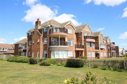 2 bedroom flat for sale - Barton On Sea, Hampshire