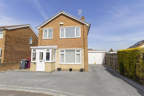 3 bedroom detached house for sale - Bramlyn Close, Clowne, Chesterfield