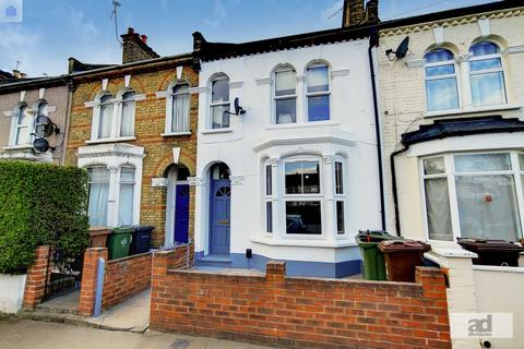 2 bedroom flat for sale - High Road Leyton, Stratford, E15