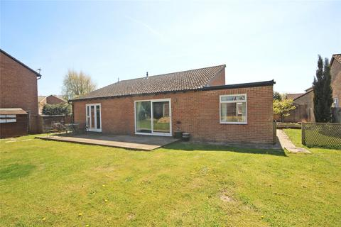 4 bedroom bungalow for sale - Blair Close, New Milton, BH25