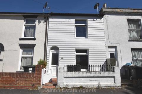 3 bedroom terraced house for sale - Queens Road, Gosport