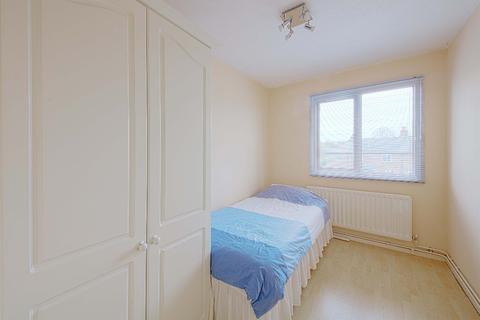 2 bedroom flat to rent - Norden Road, Maidenhead, SL6