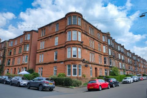 2 bedroom flat for sale - Norham Street, Flat 3/1, Shawlands, Glasgow, G41 3XH