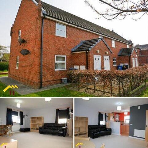 2 bedroom flat for sale - Britannia Close, Rhostyllen, Wrexham, LL14