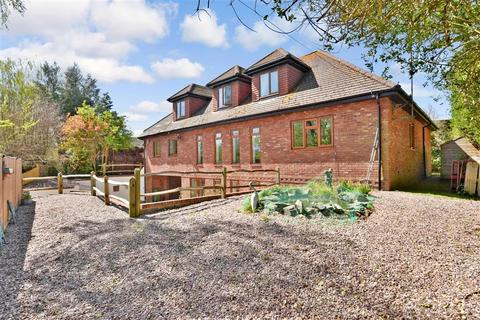 5 bedroom detached house for sale - Stane Street, Codmore Hill, West Sussex