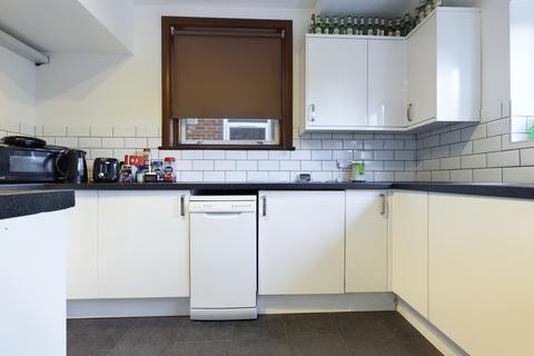 6 bedroom terraced house to rent - Rushlake Close , Brighton BN1