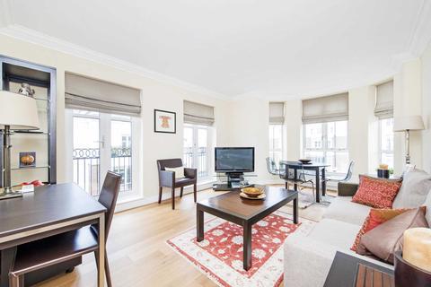 1 bedroom apartment to rent - Walnut Court, Kensington Green, W8