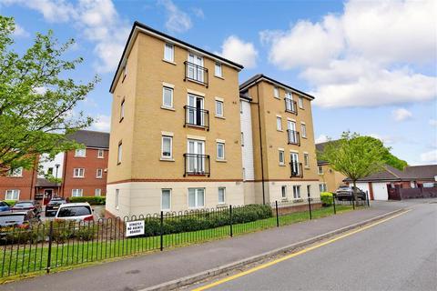 2 bedroom flat for sale - Glandford Way, Chadwell Heath, Essex