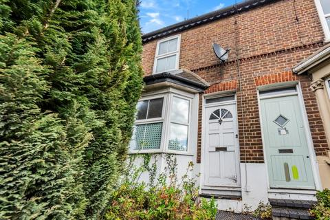 2 bedroom cottage for sale - High Wycombe,  Buckinghamshire,  HP11