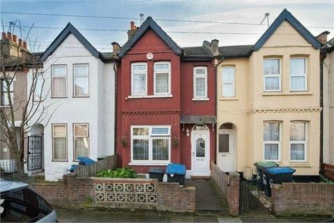 3 bedroom terraced house to rent - Lyndhurst Road, London