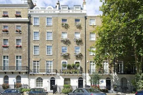 7 bedroom detached house to rent - Wilton Place, SW1X