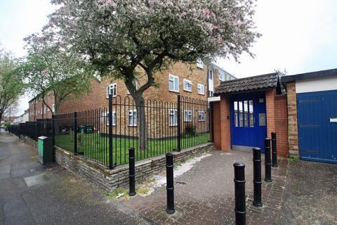 2 bedroom duplex for sale - Manor Road, Walthamstow, E17