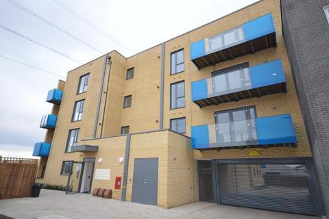 2 bedroom flat to rent - George Wheeler House, Crossness Road, Barking, Essex, IG11