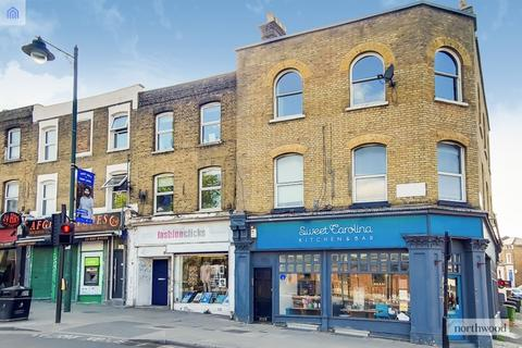 3 bedroom flat for sale - Knights Hill, West Norwood, London, SE27