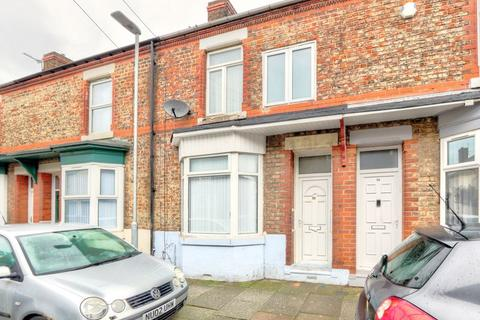 4 bedroom terraced house to rent - Langley Avenue, Stockton-On-Tees