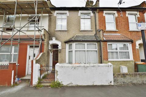 3 bedroom terraced house for sale - Gooseley Lane, East Ham, London, E6 6AW