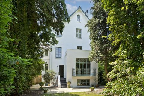 6 bedroom detached house for sale - Oak Hill Road, Surbiton, Surrey, KT6