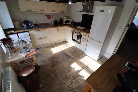2 bedroom cottage for sale - Revidge Road, Blackburn, BB2