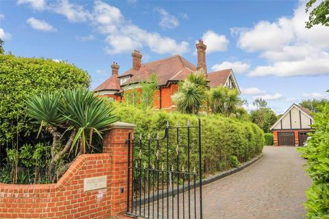 2 bedroom flat for sale - Twixt Chines, 21 McKinley Road, WEST CLIFF, Dorset