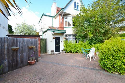 2 bedroom flat for sale - Queens Park