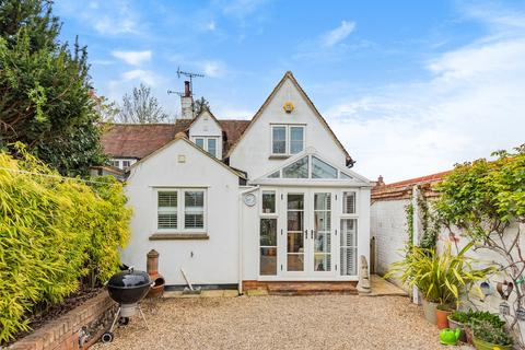 3 bedroom semi-detached house for sale - Church Lane, Lewknor, OX49 5TP