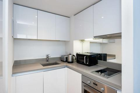 1 bedroom flat to rent - Highpoint Village, Station Approach, Hillingdon