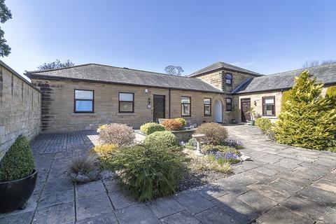 2 bedroom cottage for sale - Low Gosforth Court, Melton Park, Gosforth, Newcastle upon Tyne