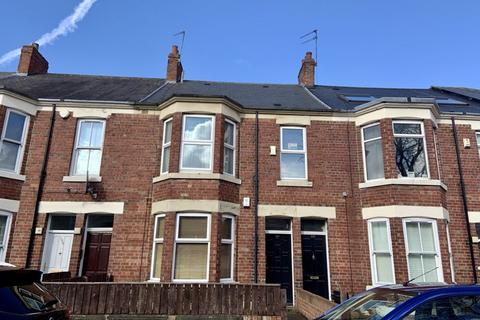 2 bedroom apartment for sale - Spencer Street, Heaton