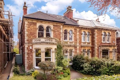 3 bedroom apartment for sale - St Johns Road, Clifton