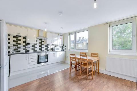 4 bedroom flat to rent - Seyssel Street, Island Gardens, London, E14 3EH