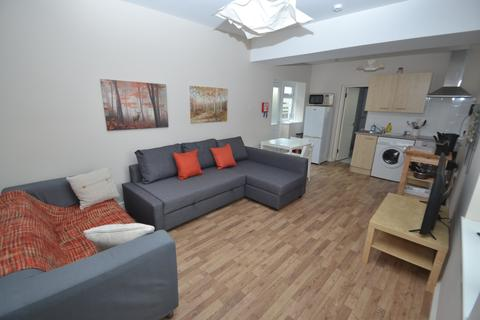1 bedroom flat to rent - Piercefield Place, ADAMSDOWN, CARDIFF
