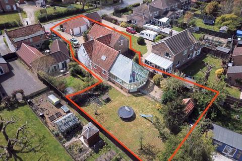 5 bedroom barn conversion for sale - Station Road, Morton, Bourne
