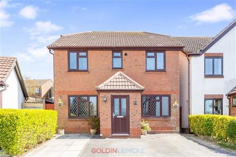 4 bedroom detached house for sale - Elder Close, Portslade