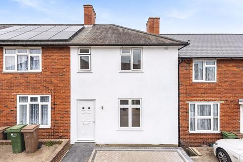 3 bedroom terraced house for sale - Wendling Road, Sutton
