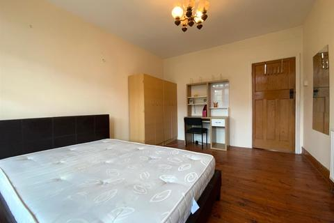 House share to rent - Park View, Acton, W3