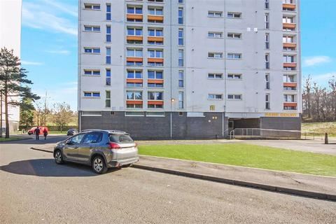 3 bedroom block of apartments to rent - Park Court, Dalmuir