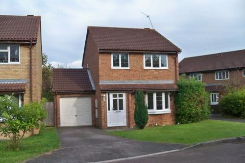 3 bedroom detached house to rent - CROPMARK WAY, BASINGSTOKE